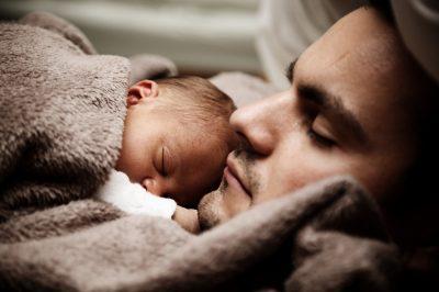 Как детето Ви да започне да спи в собственото си легло